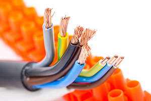 shutterstock_117905530 what's the difference between copper cable and fiber optic cable  at n-0.co